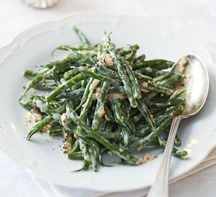 Green beans with wholegrain mustard