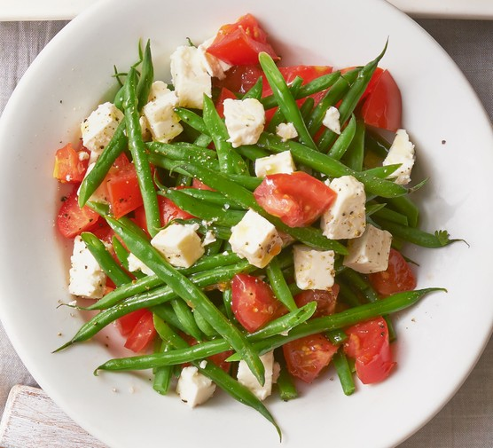 Green beans with tomato & feta