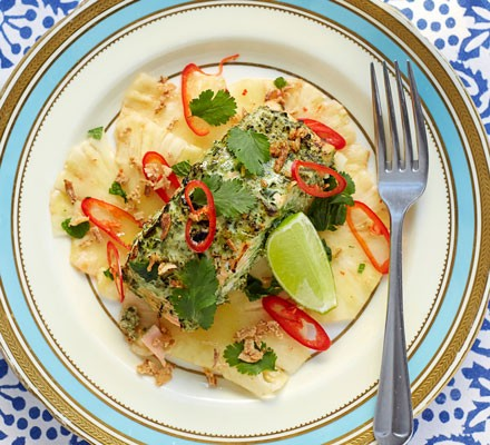 Green salmon with pineapple & tamarind salad