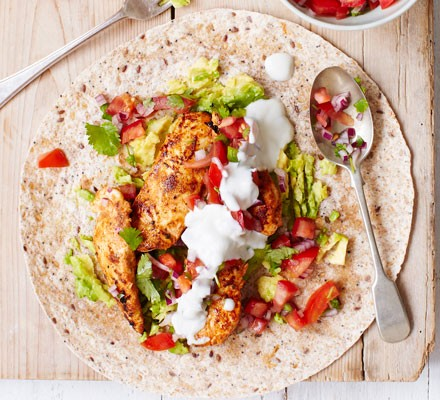 Griddled chicken fajitas with squashed avocado