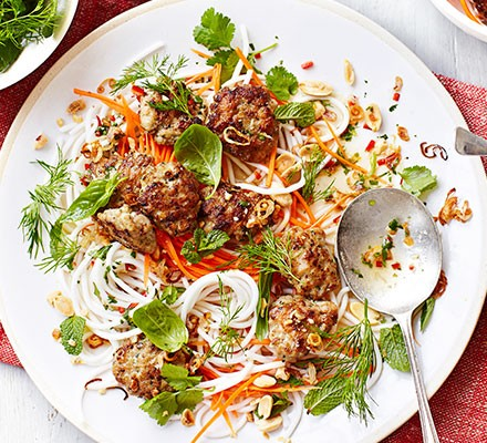 Grilled chicken & noodles (Bun ga nuong)