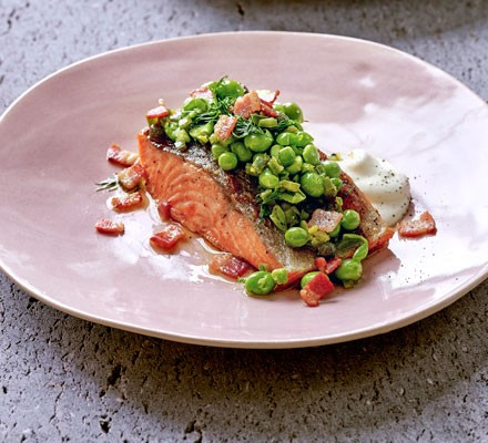 Grilled sea trout with raw pea salsa