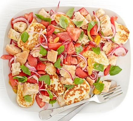 Halloumi panzanella salad