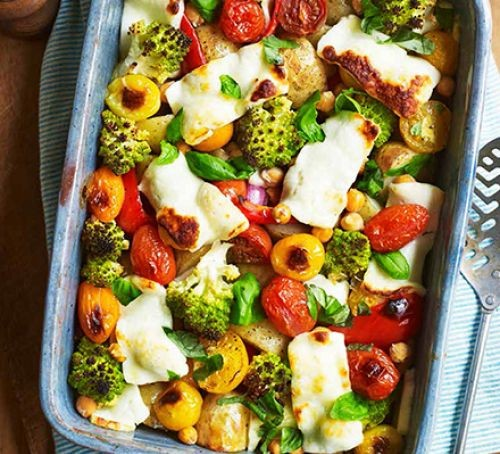 Halloumi and veg in tray