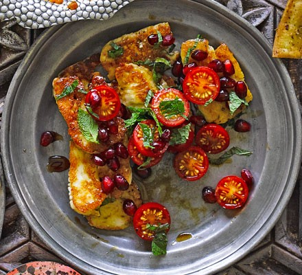 Halloumi with tomatoes & pomegranate molasses