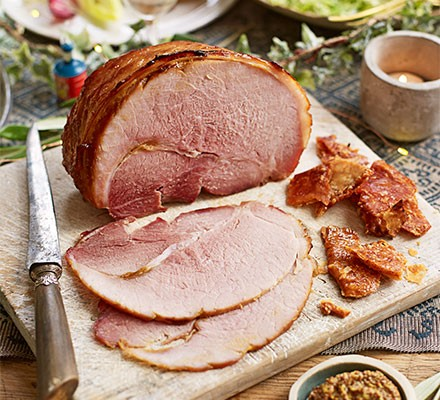 Ham & crackling served on a board