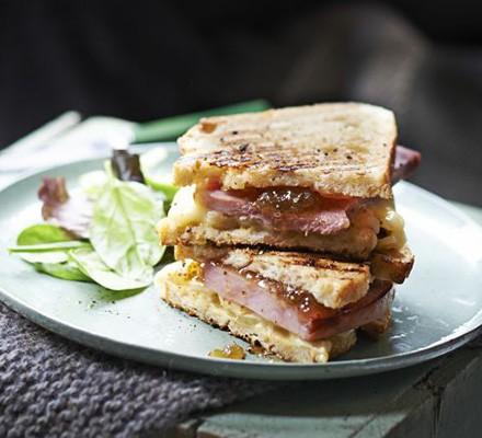 Brie, ham & fig jam toastie