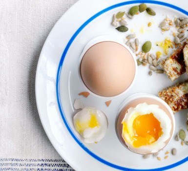 how to include more eggs in your diet