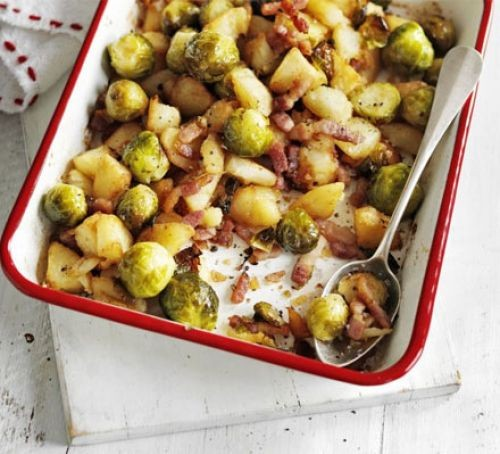 Brussels sprouts bubble & squeak in oven dish