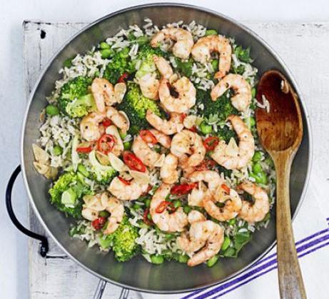 Miso brown rice & broccoli salad with fiery prawns