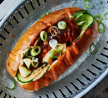 One hoisin hot dog