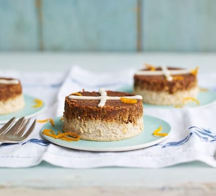 Hot cross bun cheesecakes