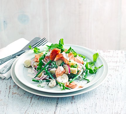 Hot smoked salmon with new potatoes & watercress