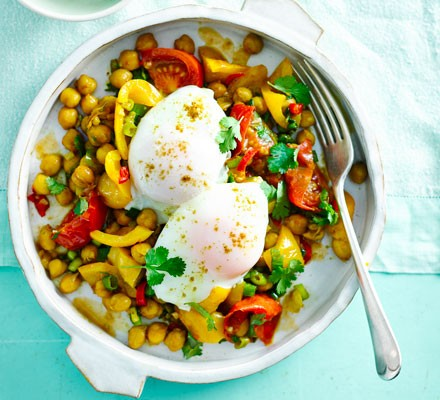 Indian chickpeas with poached eggs