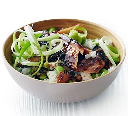 Japanese-style mackerel rice bowl