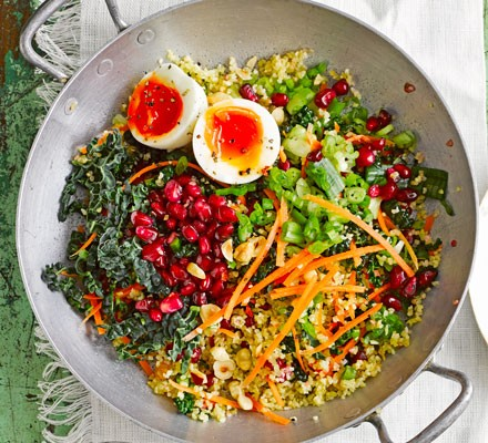 Kale & bulgur tabbouleh with yogurt dressing