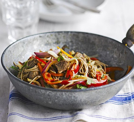 Lamb with buckwheat noodles & tomato dressing