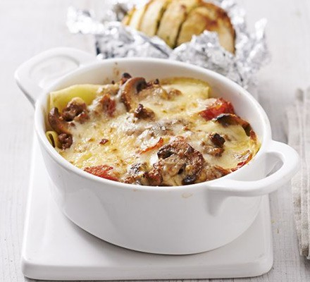 Sausage & mushroom lasagne