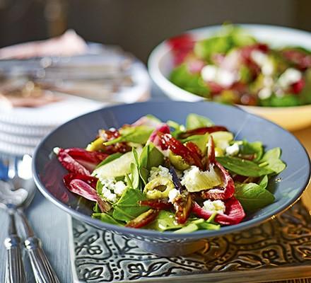 Winter leaf, date & olive salad