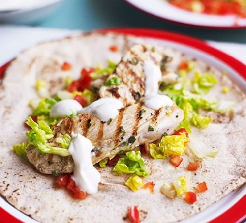 Chicken, lemon, lettuce and yogurt flatbreads