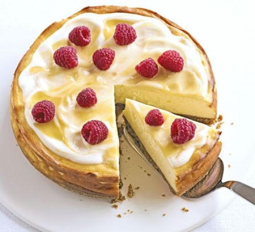 Baked cheesecake recipes: luscious lemon baked cheesecake