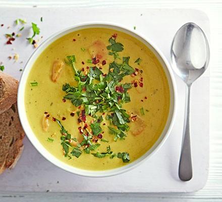 Lentil & cardamom soup