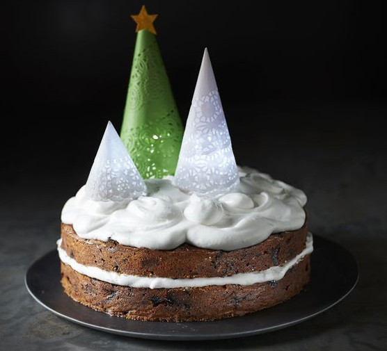Let-it-glow Christmas cake