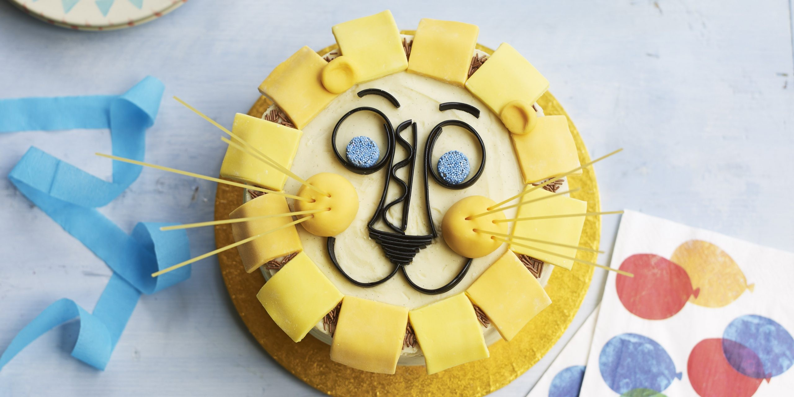 Cake Decoration For Children's Birthday  from images.immediate.co.uk