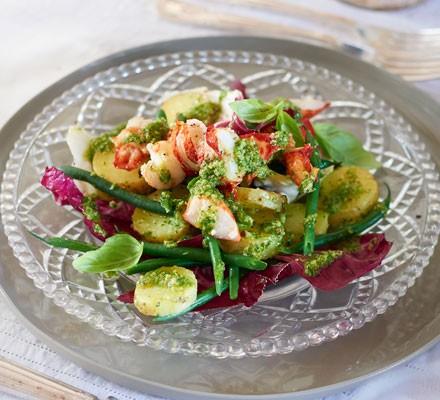 Lobster, green bean & radicchio salad