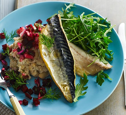 Pan-cooked mackerel with beetroot salsa & bean mash