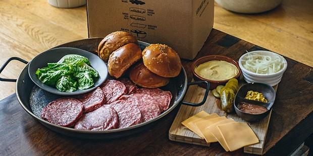 Mac and Wild burger kit