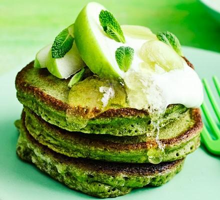 Spinach & matcha pancakes