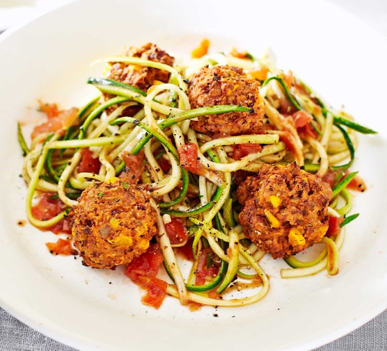 Veggie meatballs with tomato courgetti