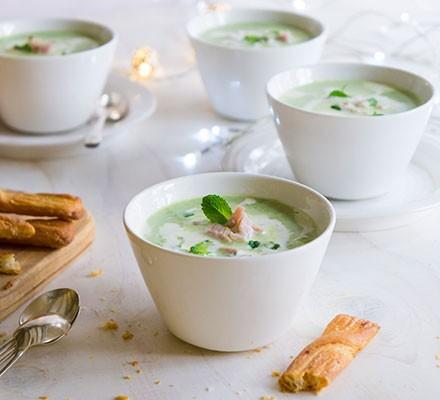 Minted ham & pea soup shots