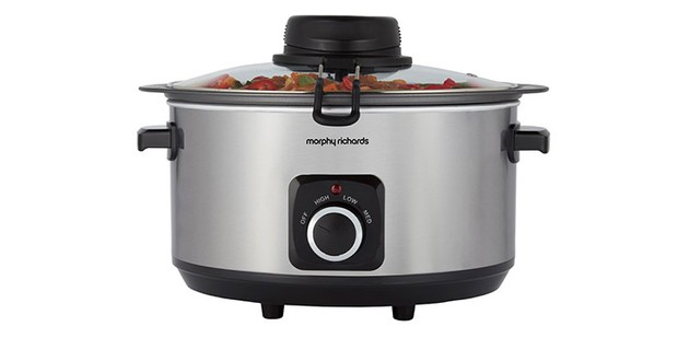 Morphy Richard Sear, Stir and Serve slow cooker on a white background