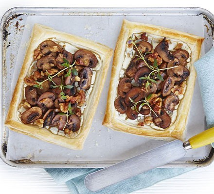 Mushroom & goat's cheese tartlets