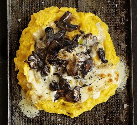 Creamy polenta & mushroom ragout