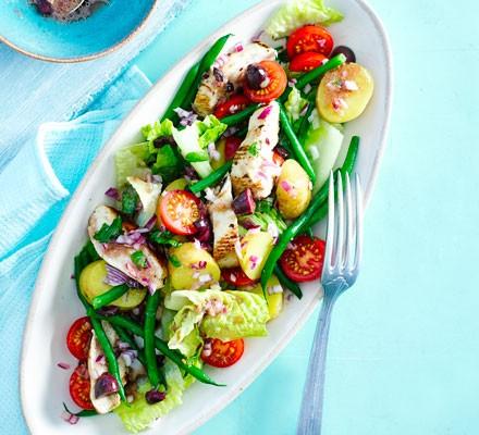 Niçoise chicken salad