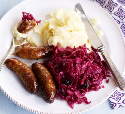 Sweet & sticky cabbage with bangers