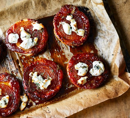 Onion & goat's cheese tarte tatins