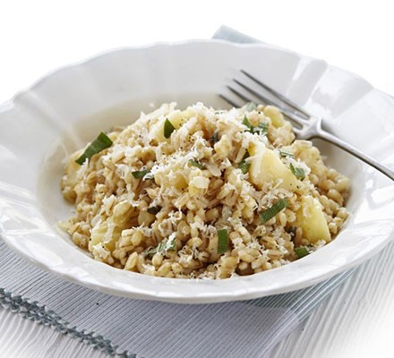 Pearl barley, parsnip & sage risotto