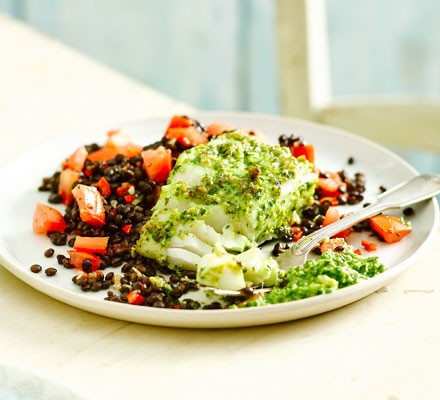 Pesto-crusted cod with Puy lentils