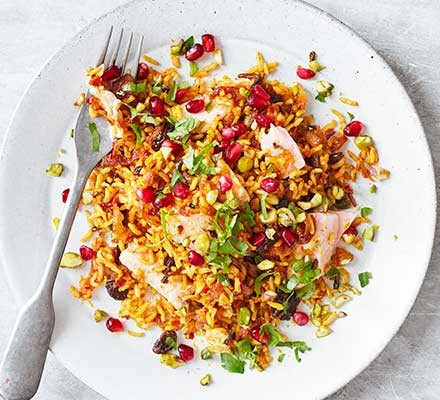 Harissa salmon pilaf served on a plate