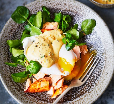 Poached duck egg with hot smoked salmon & mustard hollandaise