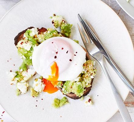 Poached eggs on avocado & feta toast