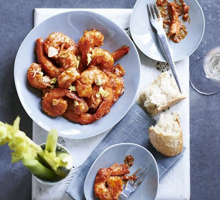 Hot herb butter prawns