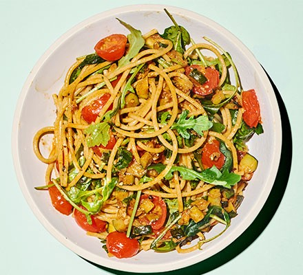 Punchy spaghetti served with vegetables
