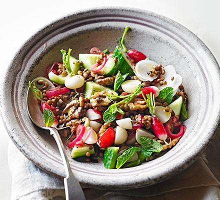 Radish, lentil & mint salad