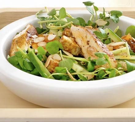 Crunchy Coronation chicken salad