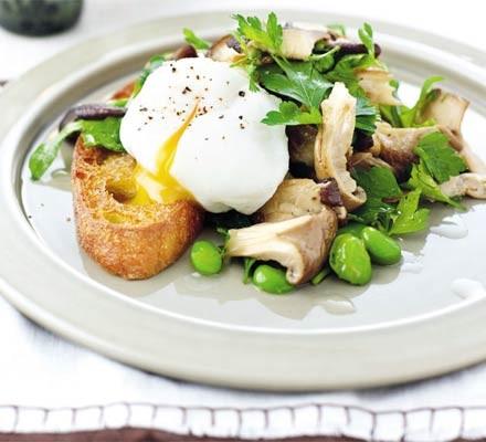 Summery mushroom & truffled herb salad